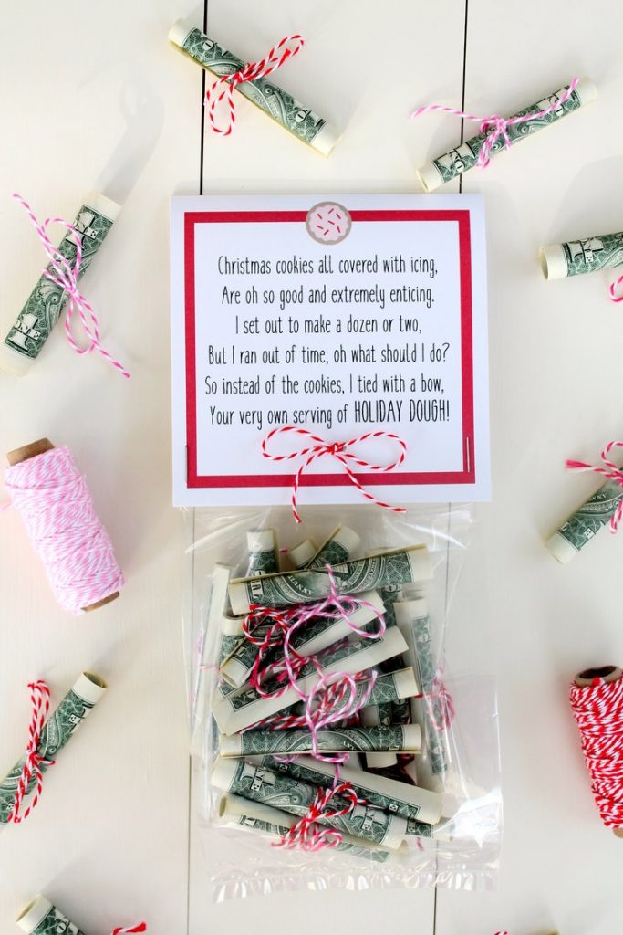 120-Creative-Ways-To-Give-Gift-Cards-And-Money-Smart-Fun-DIY-giftcardsideas-christmasideas-120-1-683x1024.jpg